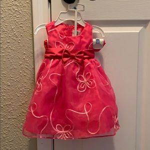 EUC Rare Editions girls 6-9 months dress.